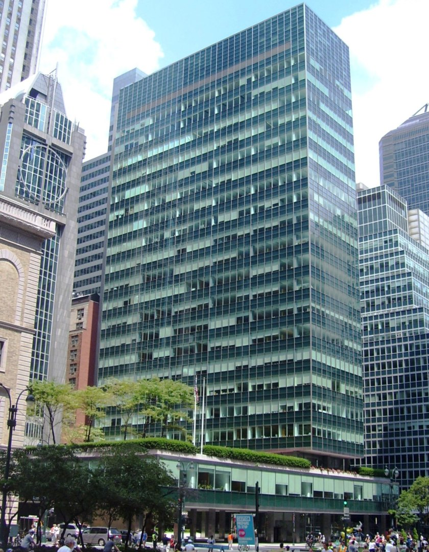 4) Lever_House